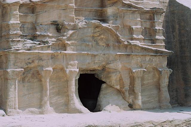templo, tumba de la urna, capeado